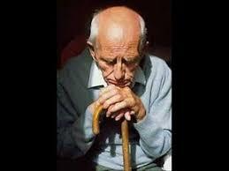 La solitude d'une personne âgée